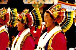 藏族情趣的发展男人--中国审美服饰网情趣内衣哪种门户喜欢图片