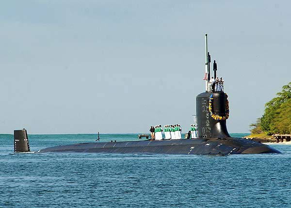 美国最新核攻击潜艇进驻珍珠港意图威慑中国[组图]