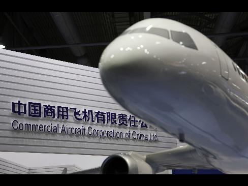 """中国制造的首架大飞机将""""肯定会比波音和空客同等机型更便宜"""",因为"""