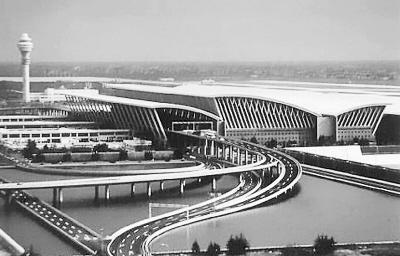 上海浦东、虹桥国际机场--空陆联运 服务世博
