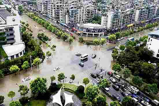 台风 莫兰蒂 肆虐杭州 部分地区成 泽国 _中国发