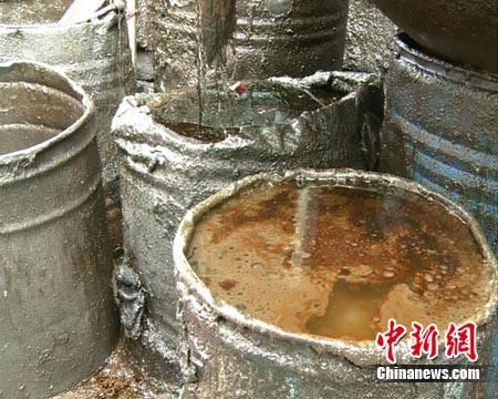 危废油桶储存房间