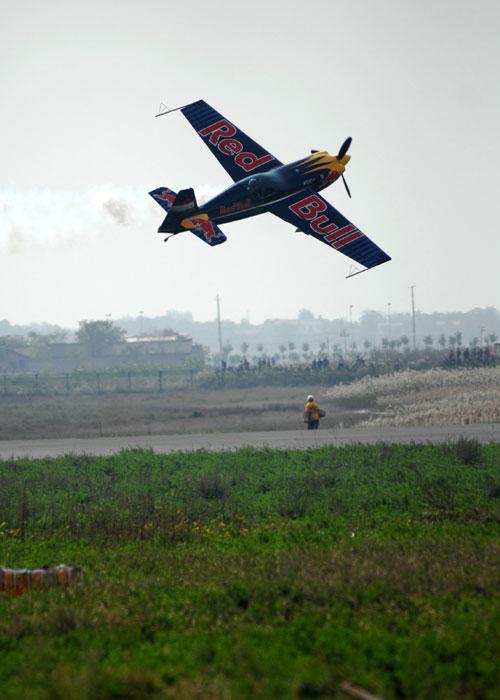 中国通用航空大会签约额过百亿 交易飞机156架
