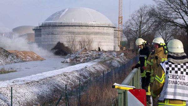 德国一座沼气池设施发生泄漏 200万升粪水涌出(图)