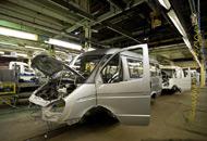 《汽车制造业分册》整理分析了巴西、俄罗斯等新兴国家和美国、欧盟等发达国家(地区)有关汽车制造业的市场准入制度和产业扶持政策,列举了我国汽车制造业出口过程中面临的主要贸易与投资壁垒,希望为政府部门、相关企业尤其是自主品牌企业提供参考借鉴。