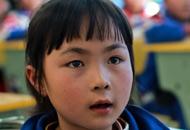 中国儿童人口规模在2000–2013年间下降21%