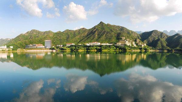 牛文元:中国推行可持续发展20年取得十大成绩