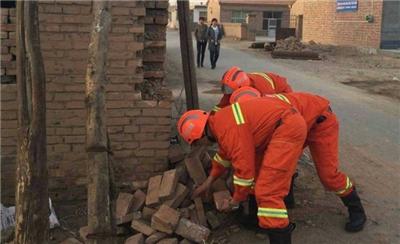 内蒙古阿拉善发生5.8级地震 初步核实无人员伤亡[组图]