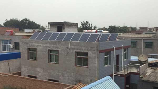 屋顶发电自用还能卖 太阳能光伏板能量大