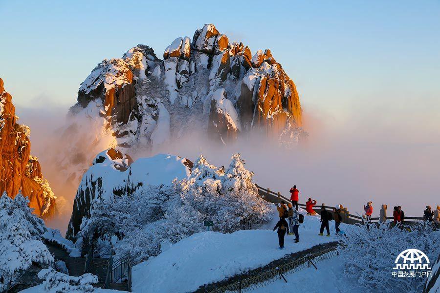 """黄山风景区跻身""""中国最美十大名山""""【组图】"""