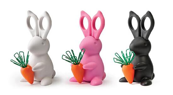 qualy公司还设计了小兔子胡萝卜,鸟儿们等回形针系列,全都是可爱有趣