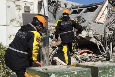 台湾地震已致40人遇难 倒塌高层内探测出生命迹象[图]