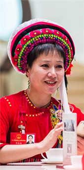 李红梅:文化下乡促思想扶贫 孩子渴望知识改变家乡