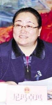 青海海北州委书记尼玛卓玛:如何精准脱贫 牧民最缺什么