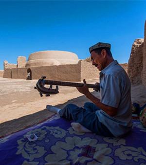高昌古城东南的鄯善县鲁克沁镇