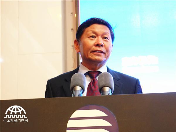 宋晓梧:政府和市场的关系是经济体制改革的核心问题