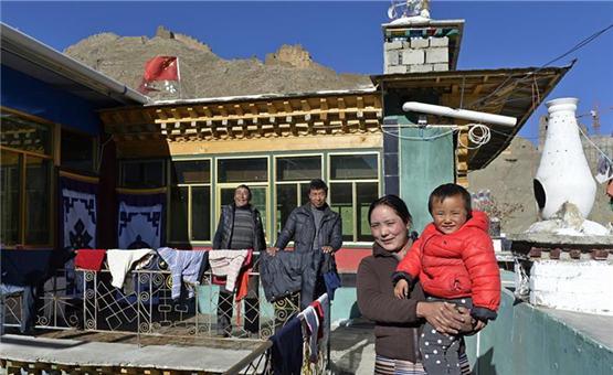 西藏山南农民普布旦增的幸福生活