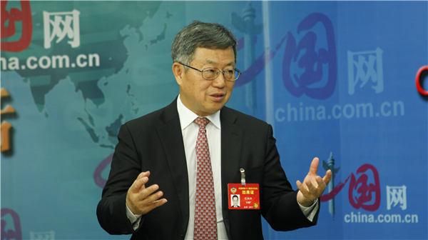 迟福林:经济转型升级如何发力?