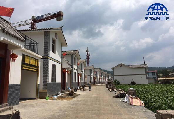 党委政府在云南精准扶贫工作中发挥巨大作用
