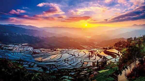向春玲解读云南少数民族地区如何推进精准扶贫