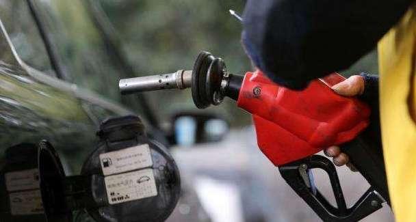 国际油价被推高 国内油价今日或创年内最大涨幅