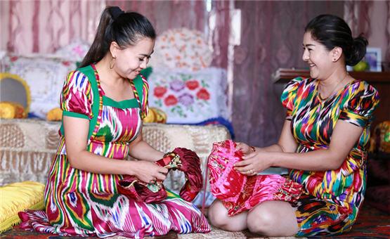 【镜头中的脱贫故事】新疆库车:多措并举 扶贫到家