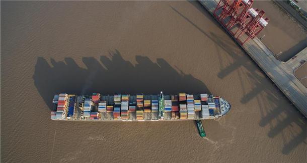 """厉害了""""中国港""""!全球前十的港口中国占7席"""