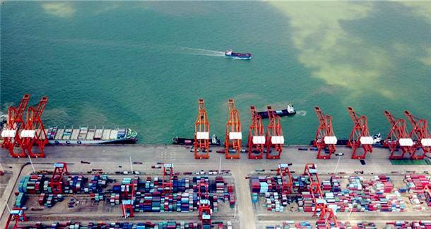 钦州港:祖国南方的千万吨海港