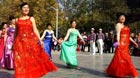 Square dance is popular among senior women and is regarded as their 'thing'. But in Zhengzhou, these women show their ability to do more than just square dance, reported news.qq.com on Sunday.