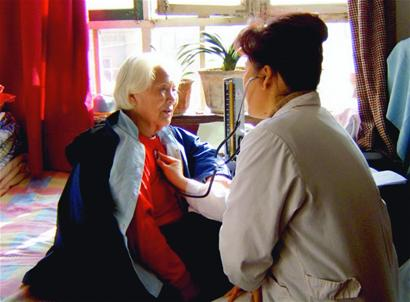 The official website of the Ministry of Civil Affairs (MCA) on Tuesday published a circular to encourage foreign investment in China's elderly care services.
