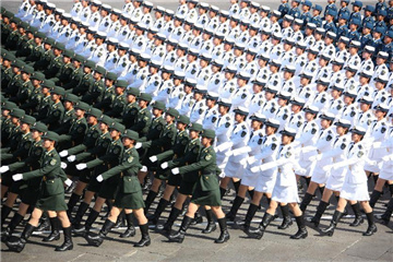 In pics: Chinese soldiers in parades