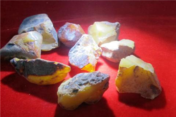 Customs seizes jewels valued US$289m