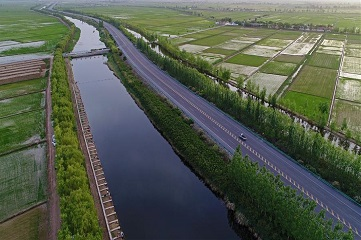 Ten cities of Ningxia along Yellow River linked by road