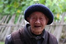 """【镜头中的脱贫故事】中国的扶贫像""""万里长城""""一样了不起"""