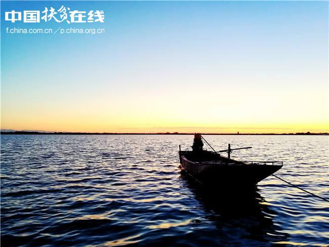【镜头中的脱贫故事】新疆呼图壁县:乡村生态旅游奏响致富曲