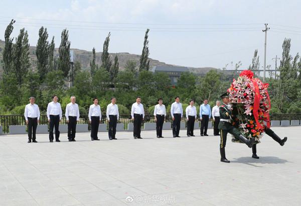 习近平参观晋绥边区革命纪念馆:用战争年代的吕梁精神激励人民为民族复兴而奋斗